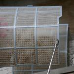 エアコンフィルター洗浄風景2